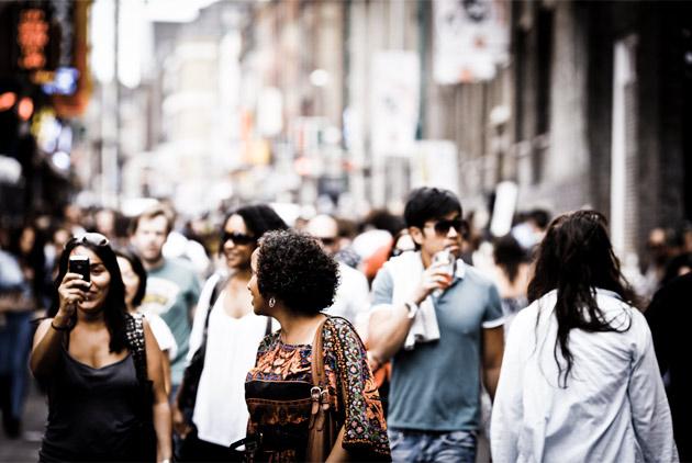 london crowd - brick lane