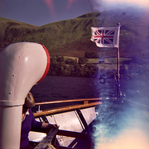 lomo diana - sailing