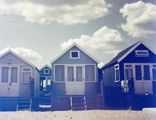 lubitel-2-blue-huts