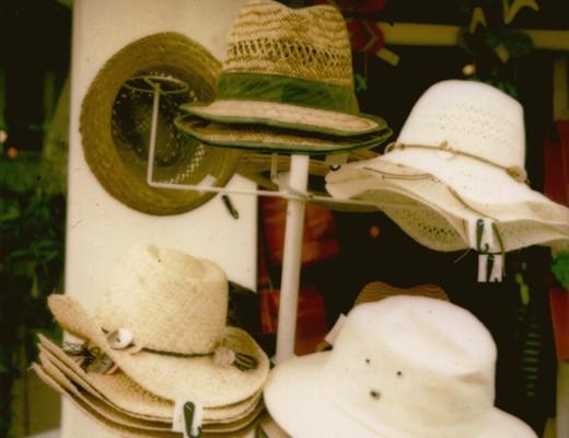 pola-hats