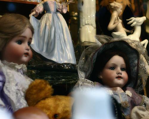 spooky-dolls